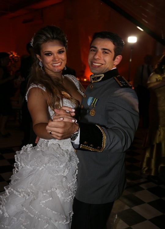 Festa de Casamento de Fernanda e Hátila Buffet Morenos 2013