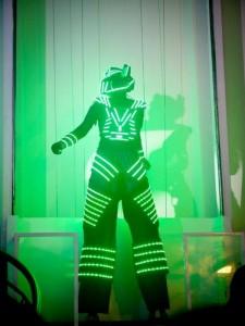 Atração de Robo de Led festa de 15 anos