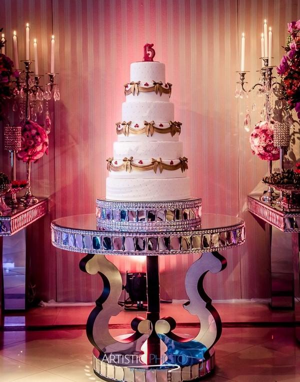 Festa de 15 anos no espao milla moreno bolo fake festa 15 anos altavistaventures Images