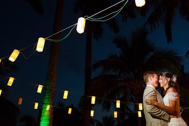 decoração com lanternas para iluminação de casamento