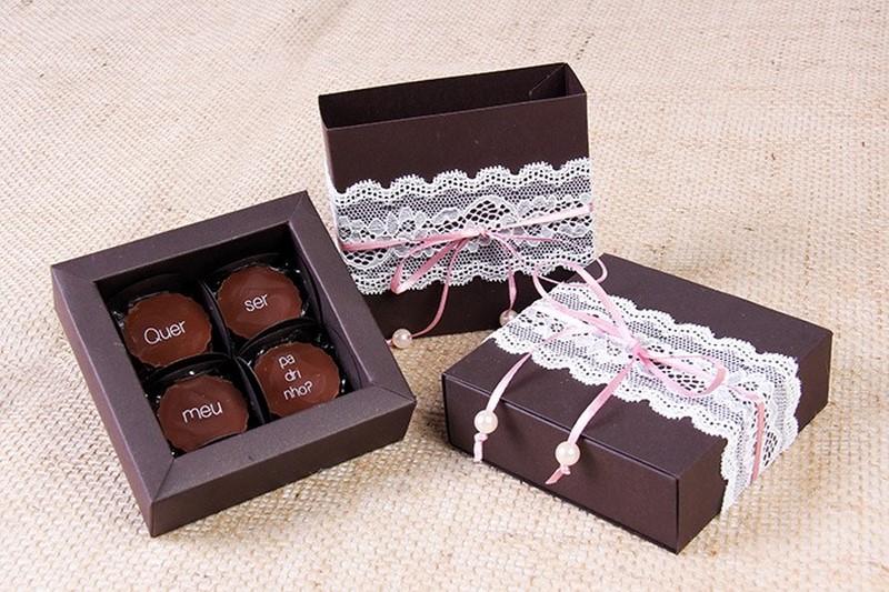 convite para padrinhos de casamento com chocolate
