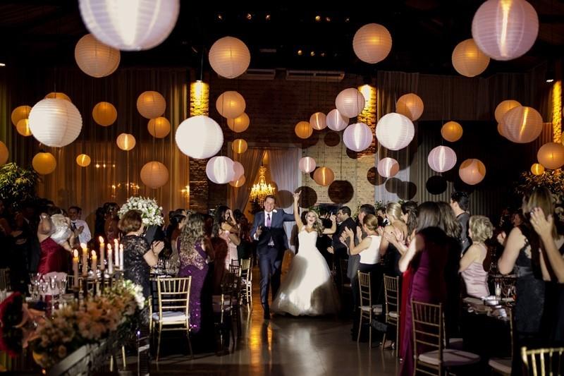 sugestões de iluminação para casamento com lanternas
