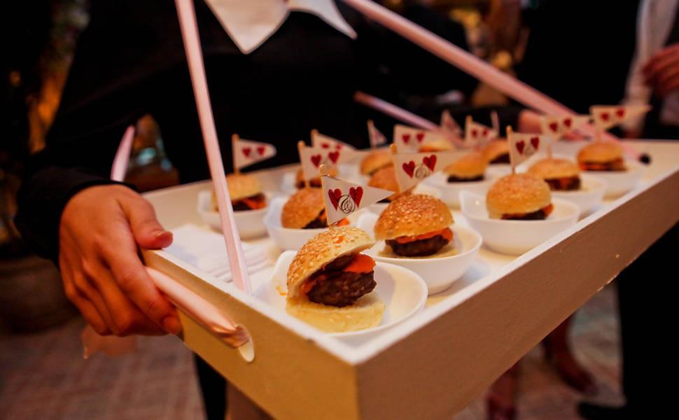cardápio festa de 15 anos lanchinhos da madrugada festa de 15 anos finger food hamburguer