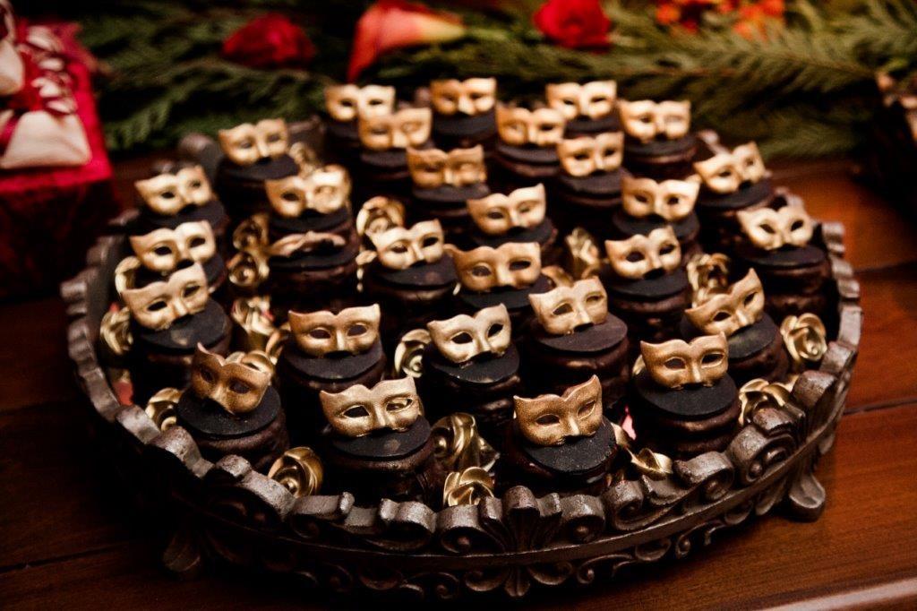 docinhos festa debutante baile de máscaras