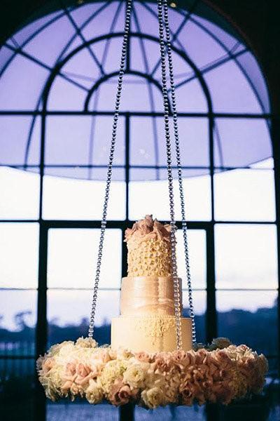 bolo suspenso haging cake casamento