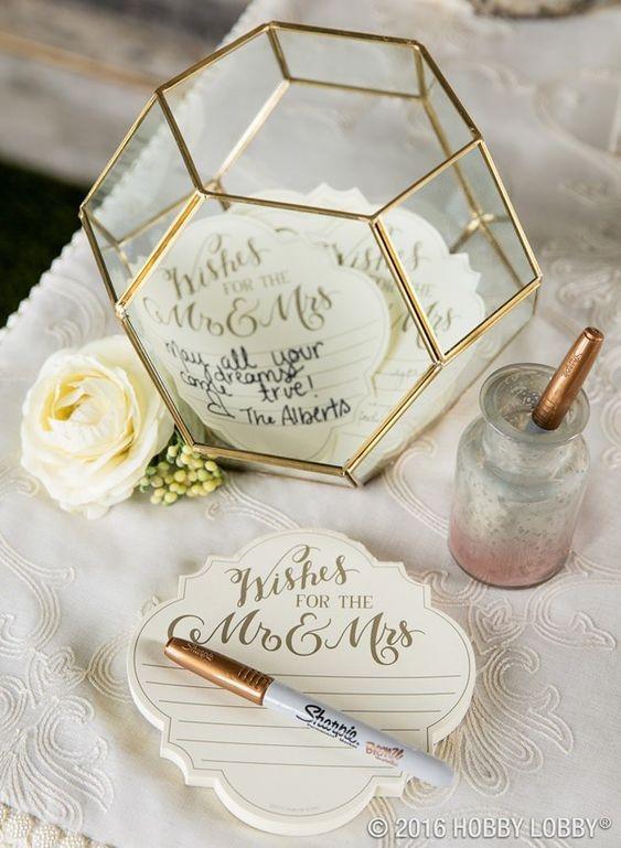 decoração casamento com peças geométricas