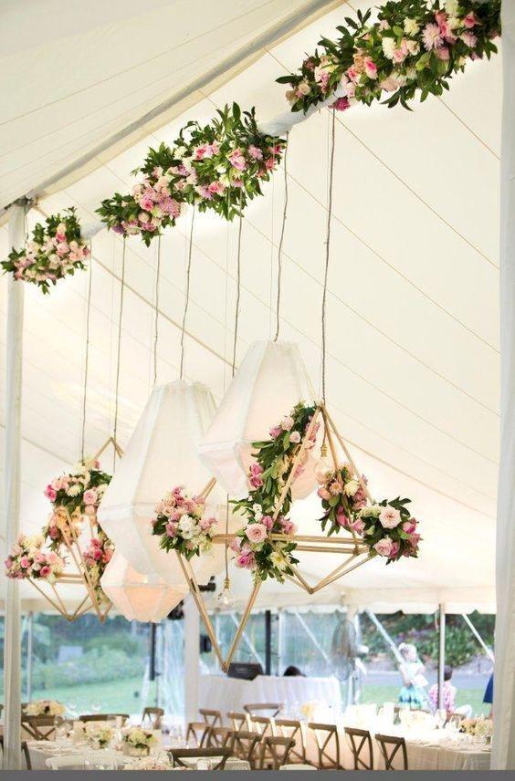 decoração casamento com itens geométricos