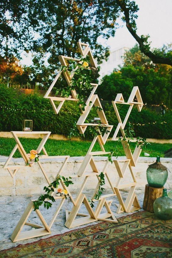 decoração casamento com objetos geométricos