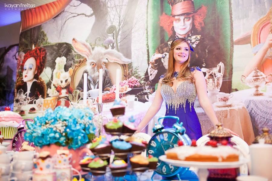 decoração tema filme alice no país das maravilhas wonderland festa de 15 anos