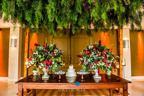 mesa de doces decoração para mini wedding