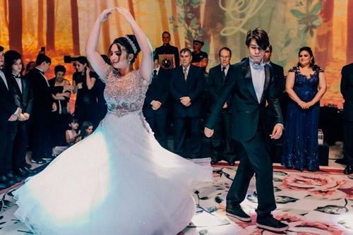 festa de debutante tradicional baile