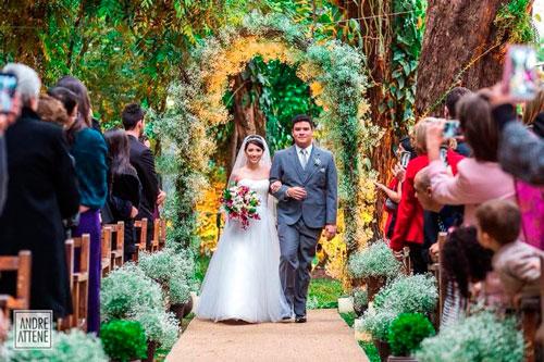 como escolher a melhor data para o casamento