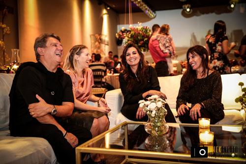 Marcelo Sampaio, Carol Melo, Priscila Cardoso e Dora Moreno em bate papo no lounge
