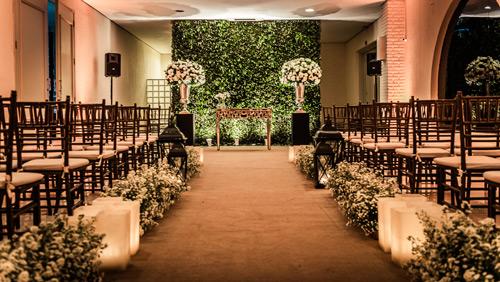 casamento estilo romântico cerimônia no local