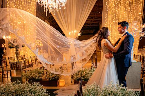 decoração com luzinhas para casamento